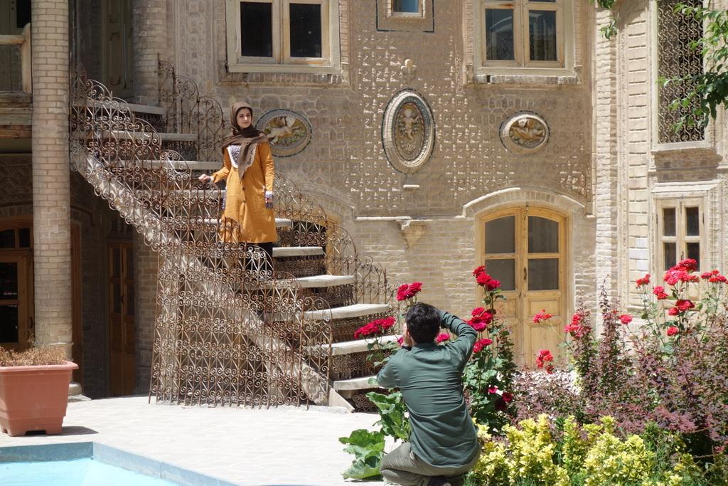 Es ist uns wirklich schwer gefallen, vom Iran Abschied zu nehmen. Wir werden die Romantik, die Höflichkeit und die Herzlichkeit der Iraner vermissen.