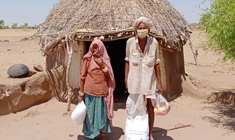 Im Bild das Hilfspaket, das einer 6- bis 7-köpfigen Familien das Überleben für rund 3 Wochen sichert.